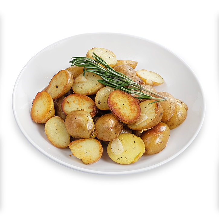 Молодой картофель (подготовленный к жарке) со специями