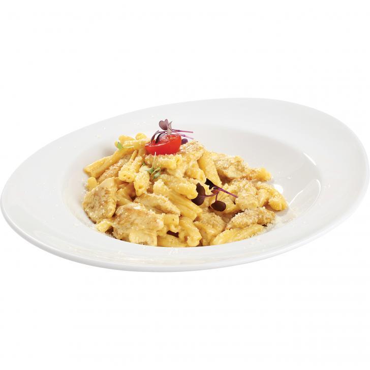 Casareccia with chicken slices