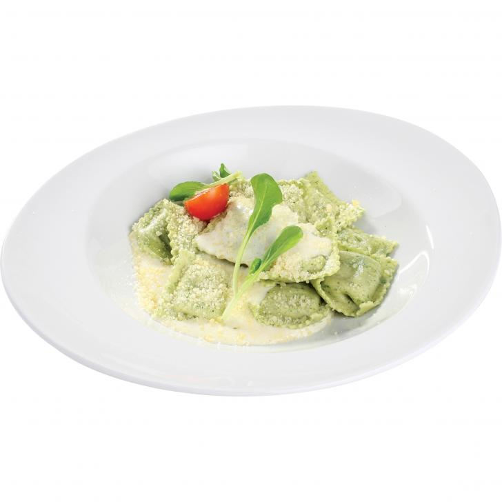 Ravioli stuffed with cheese and spinach in мozzarella sauce