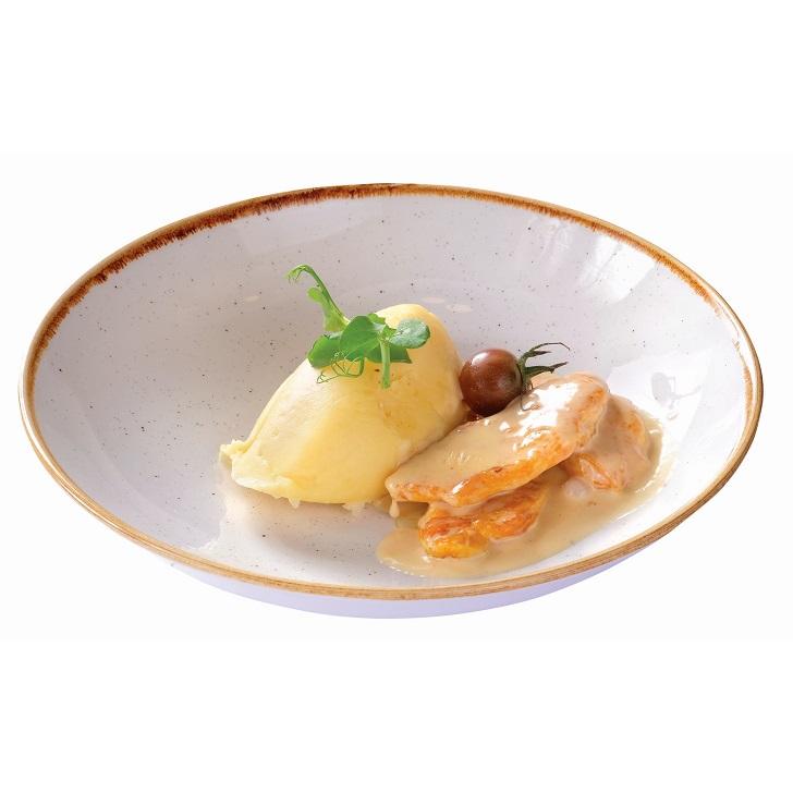 Ломтики куриного филе с картофельным пюре