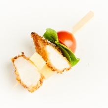 Crispy chicken satay with marinated pineapple