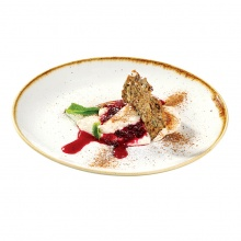 Rye bread cream with cowberry in red wine
