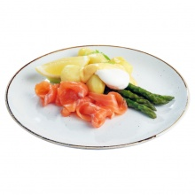 Steamed asparagus with salted salmon, poached egg, Hollandaise sauce and new potatoes