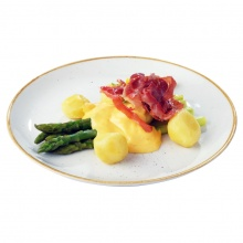 Steamed asparagus with prosciutto crudo, Hollandaise sauce and new potatoes